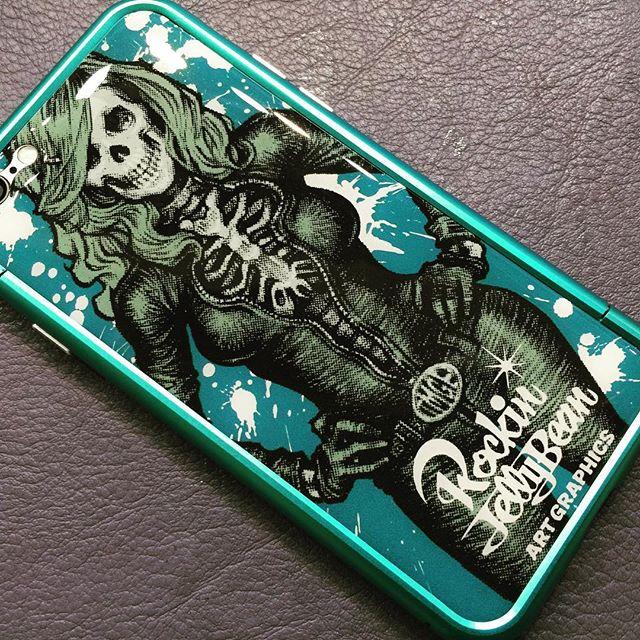 高校生のお客様のiPhone 6にギズモビーズ